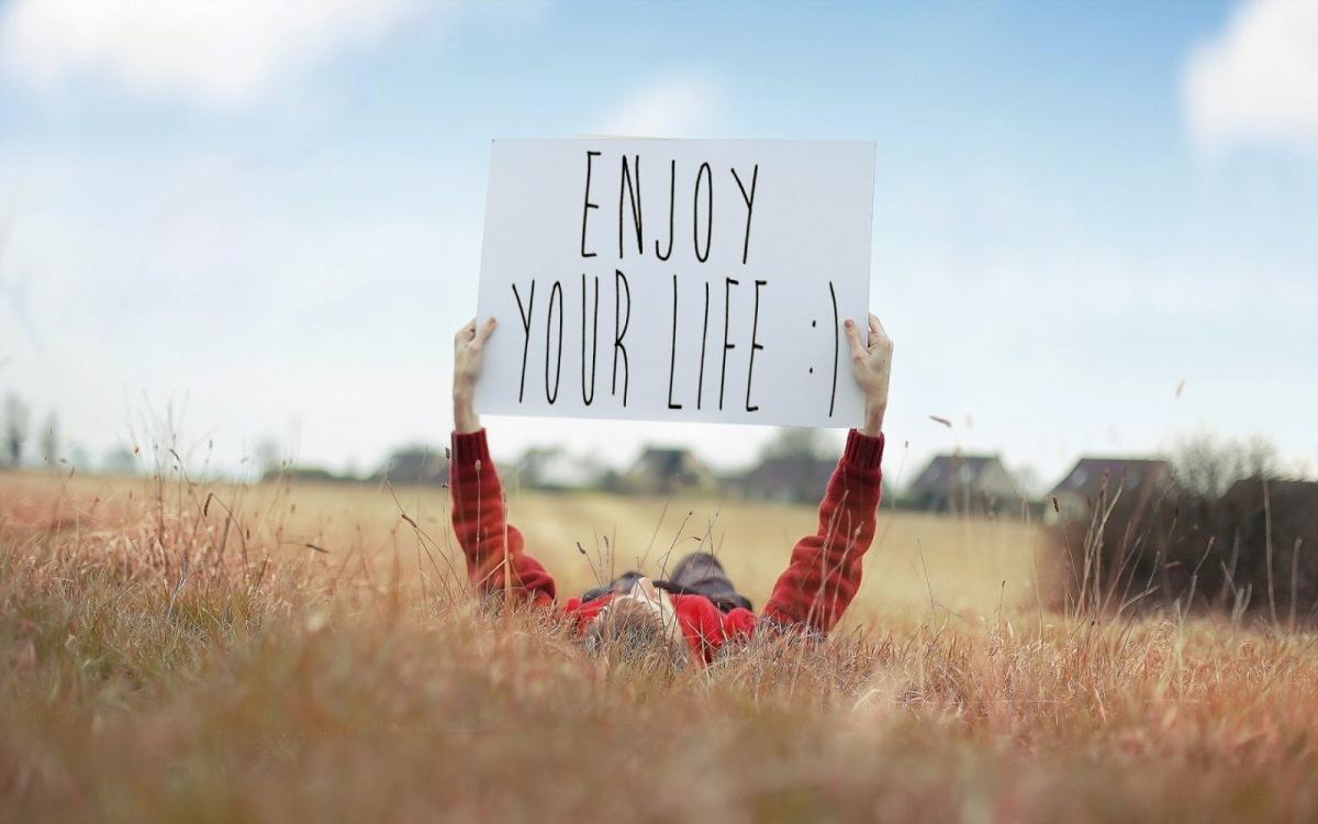 Fai dipendere la tua felicità da ciò che hai, non da ciò che ti manca